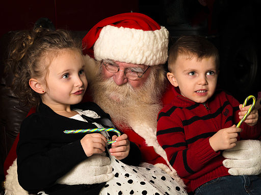 santa with kids wikimedia commons - Santa Claus With Kids